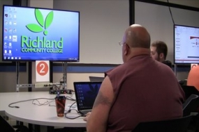 Richland is testing out prototype classrooms (Video)