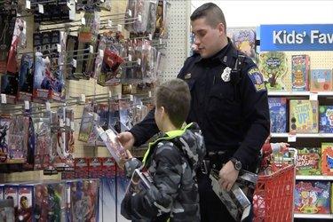 Shop with a Cop 2016