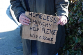 Shelter Directors ask to refrain from giving money to panhandlers