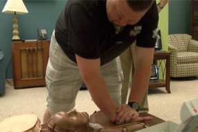 2 Steps to Save a Life with Hands-Only CPR (Video)
