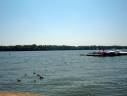 City Says Lake Decatur is Still Open