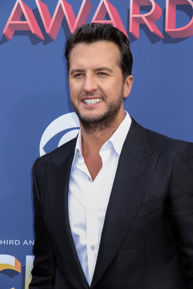 "Countdown To Luke Bryan's New Single ""What She Wants Tonight"""