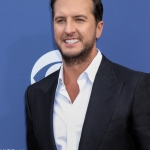 "Luke Bryan's ""Crash My Party"" Named ACM Album Of The Decade"
