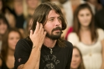 Foo Fighter's Dave Grohl Goes to Sesame Street