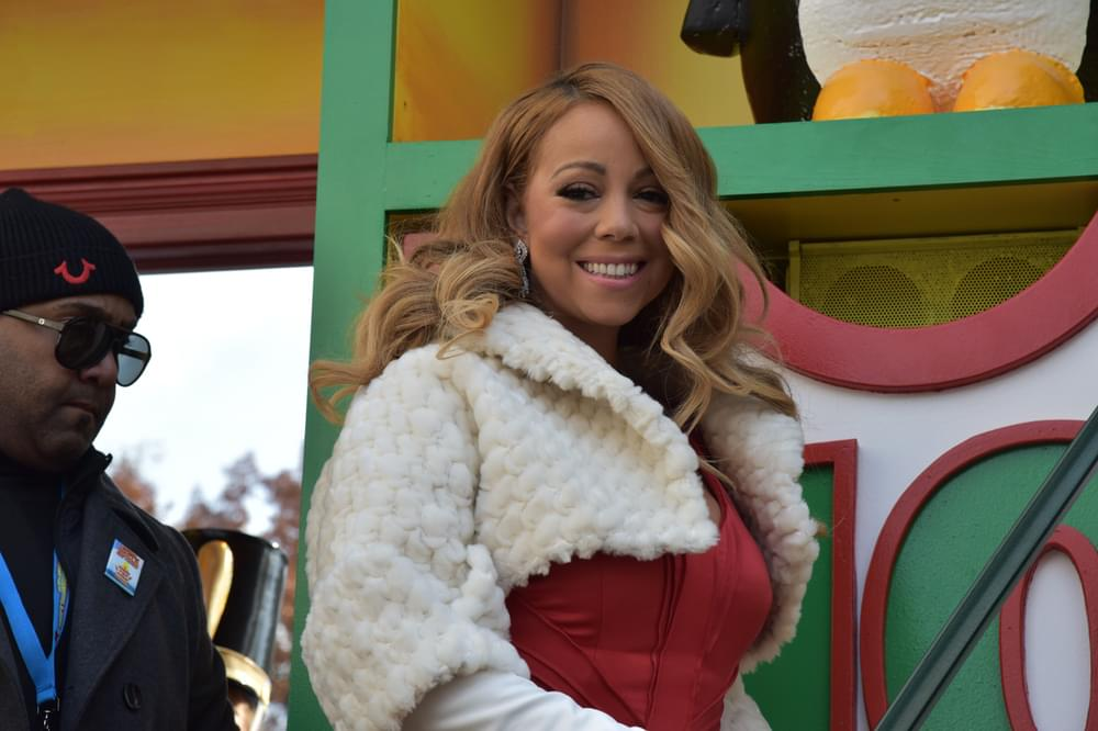 Another Day, Another Mariah Carey Christmas Mashup. This ...