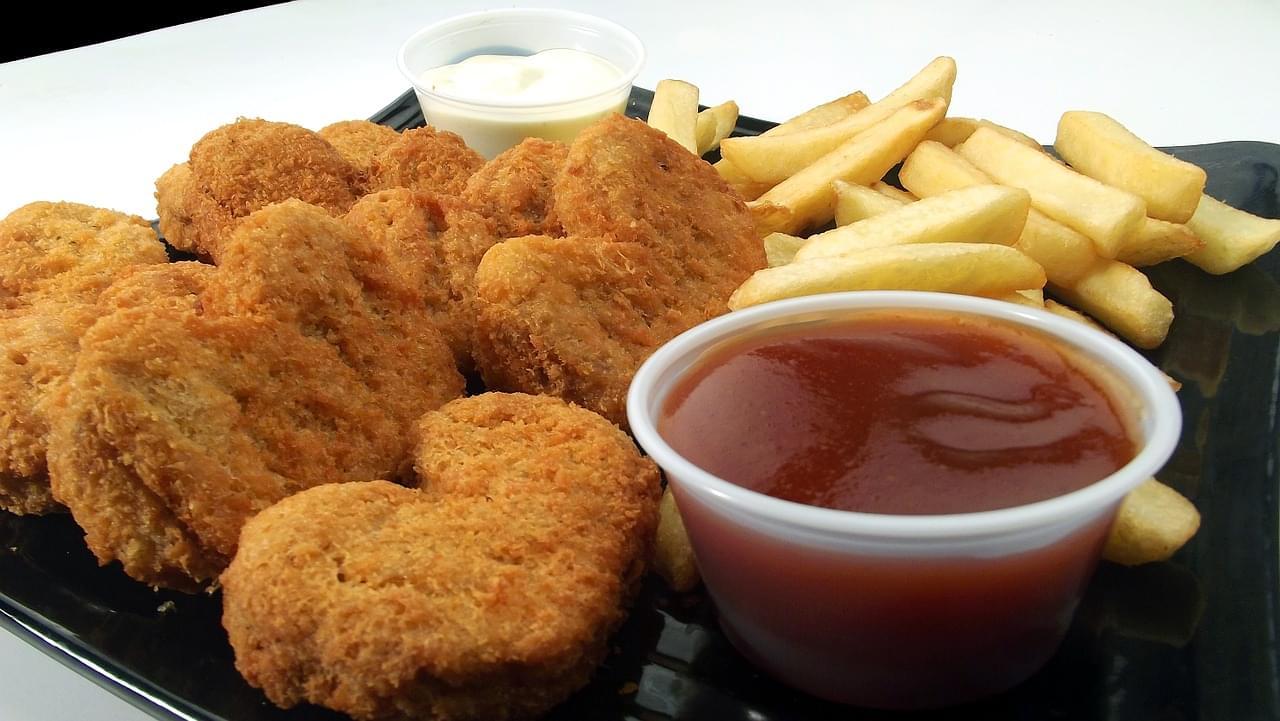 chicken-nuggets-246180_1280