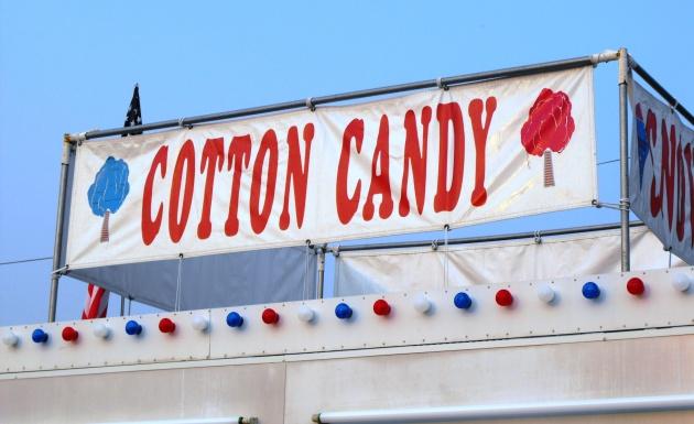 Georgetown_fair_2014_cotton_candy_VCFC