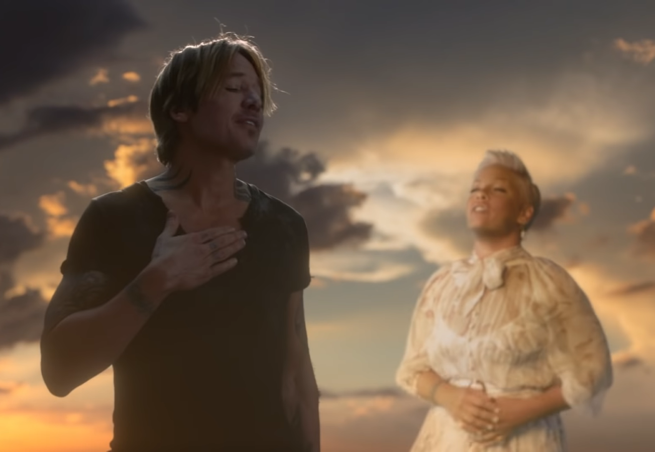 Keith Urban & Pink – One Too Many