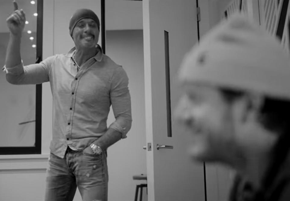 Tim McGraw & Tyler Hubbard – Undivided