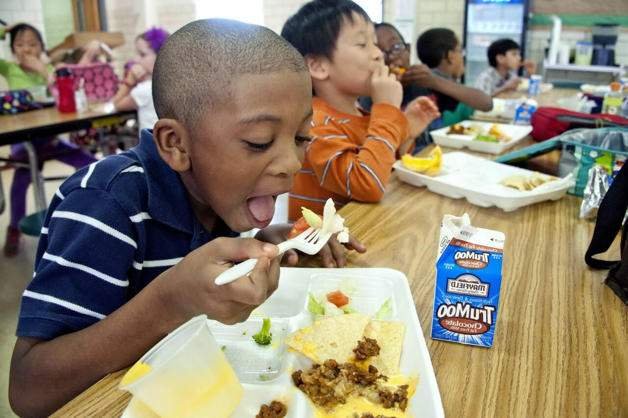 Pritzker: Food Help Expanded for Schoolchildren Statewide