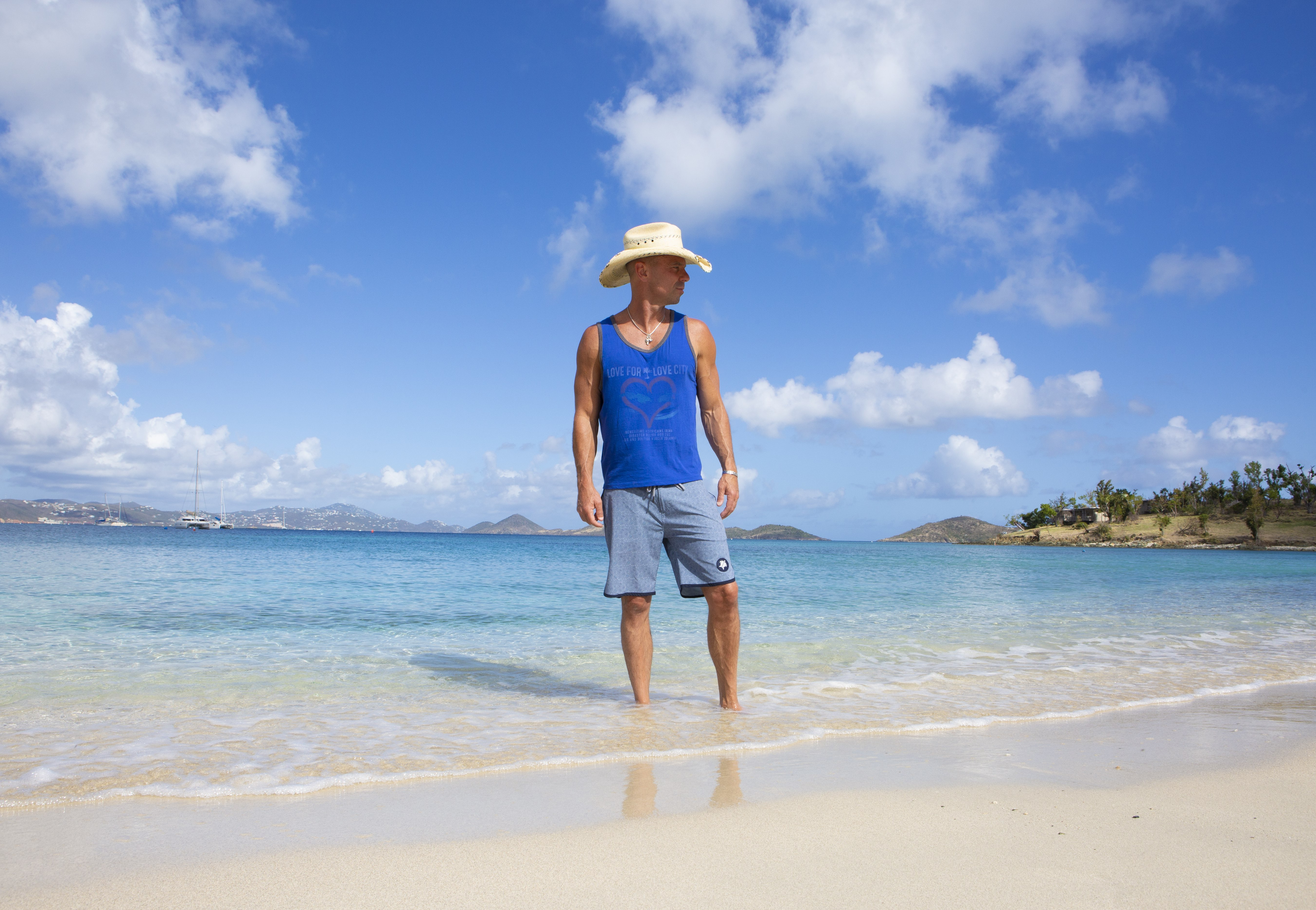 Kenny Chesney Pushes Back Chillaxification Tour to 2022