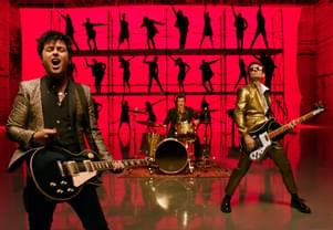 Green Day Creates Crowd-Rousing AMAs Performance of New and Old