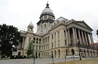 Partisan divide at Illinois statehouse on full display